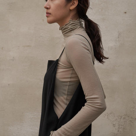 Seethrough turtle neck T