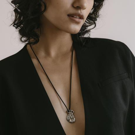 vase rope necklace