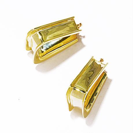 triangle pierce gold