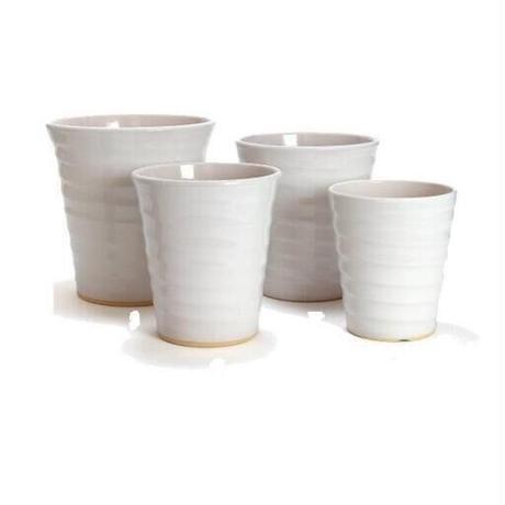 綺麗な白い植木鉢3点セットで1,000円ポッキリ