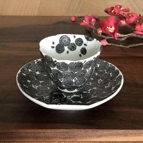 小花詰 壺型皿付盃 / 井上雅子