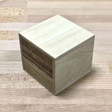 桐箱 W90 × D90 × H75