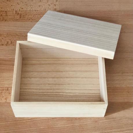 木箱 W190 × D150 × H80