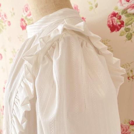 Companula blouse / white