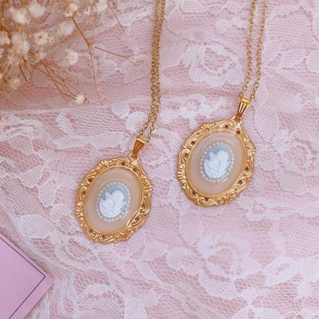 Angel Cameo & Antique Frame (ネックレス)
