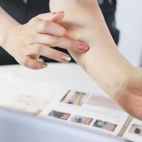 オンライン肌色診断&ベースコスメ4点セット