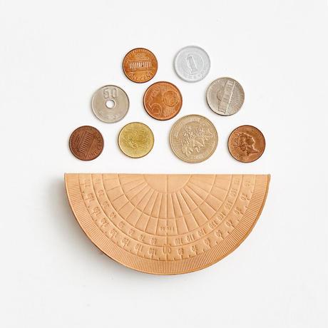 protractor coin case( nude / black)
