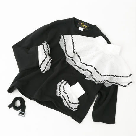 belt top / wrist frill set (black × white)