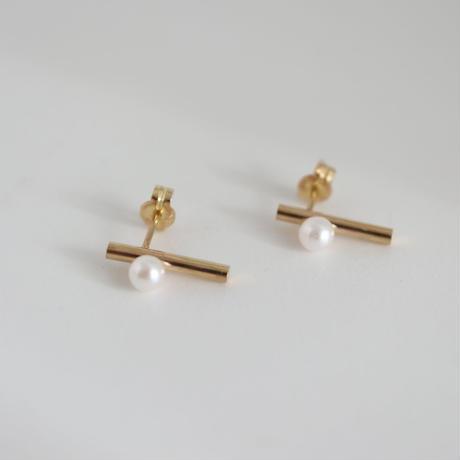 K18  GOLDBAR×PARL  EARRINGS