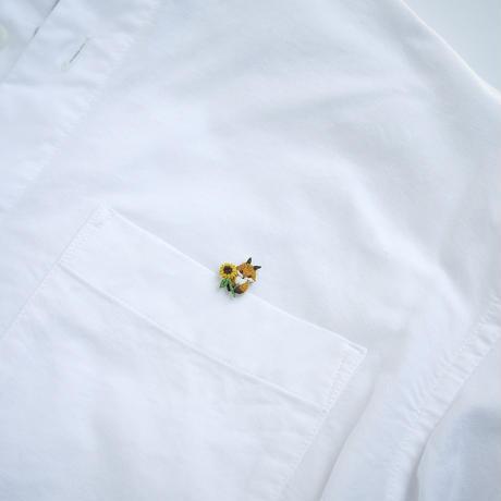 ちょっこり刺繍のブローチ 【ひまわりとこぎつね】