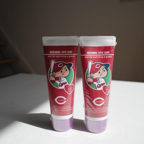 カープ ハンドクリーム