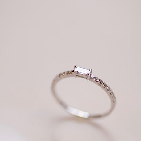 バケットカットのダイヤモンドリング