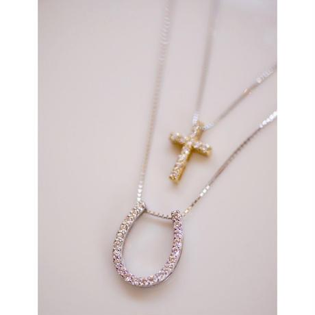 馬蹄と十字架のセットネックレス