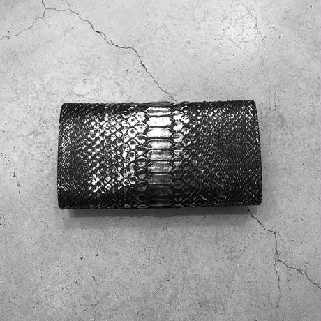 isola 限定シリーズ 三段錠・ギャルソン(ダイヤモンドパイソン)財布