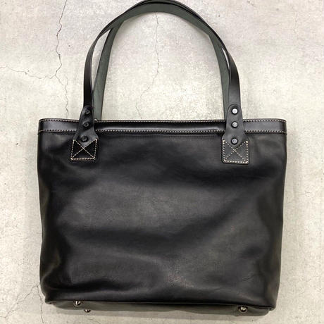 BAGGY PORT PULL UP LEATHER トートバッグ
