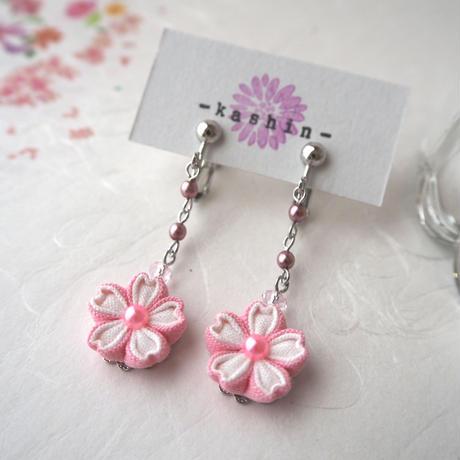 桜イヤリング