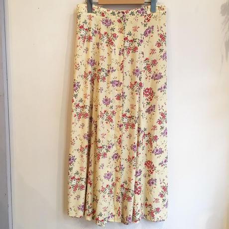 花柄パステルイエロースカート