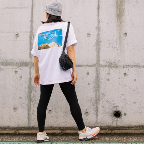 【big silhouette TEE】'hands sky '     -the future is in our hands- (MCT200801WHT)