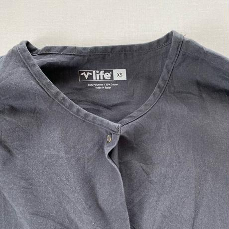 Collarless shirt gray