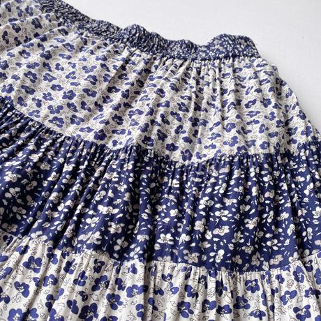 Small flowers skirt