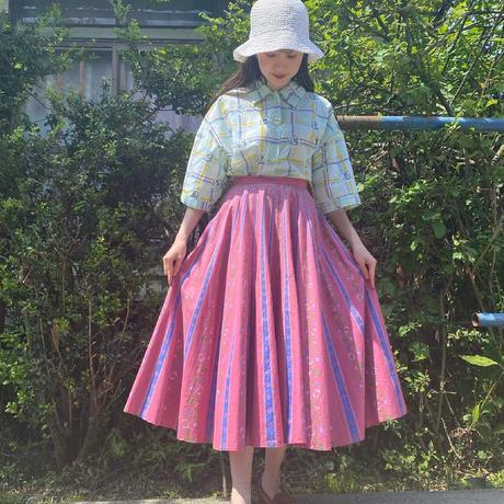 Tyrolean pink skirt