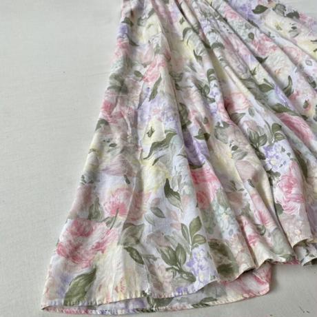 Lace collar flower dress