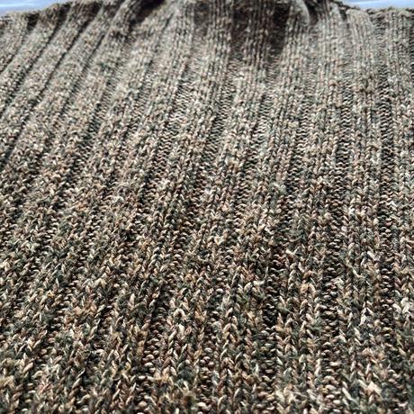 Rib knit brown sweater