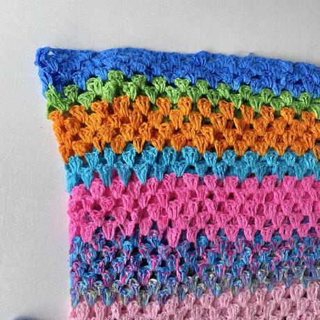 Granny knit blanket Rainbow