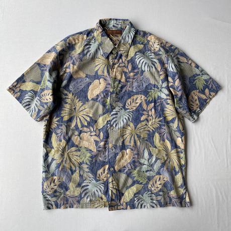 Leafs aloha shirt
