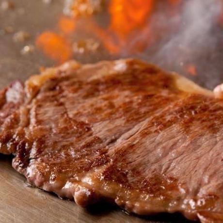知る人ぞ知るおいしいステーキとニセコで陶芸(案内料金)