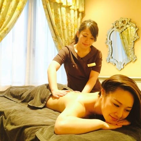 Let's go to the acupuncture & aromatherapy massage at Tensinotamago!