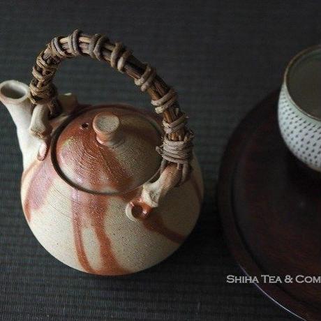 Reddish Fire lines, Vine handle Bizen Japanese Kyusu Dobin Teapot