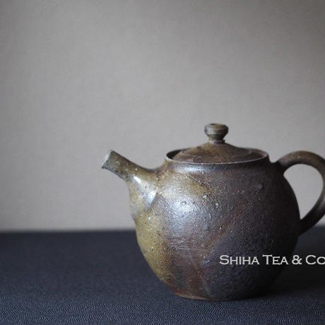 備前安藤騎虎柴焼急須茶壺  KIKO  ANDO Wood Fire Bizen Teapot