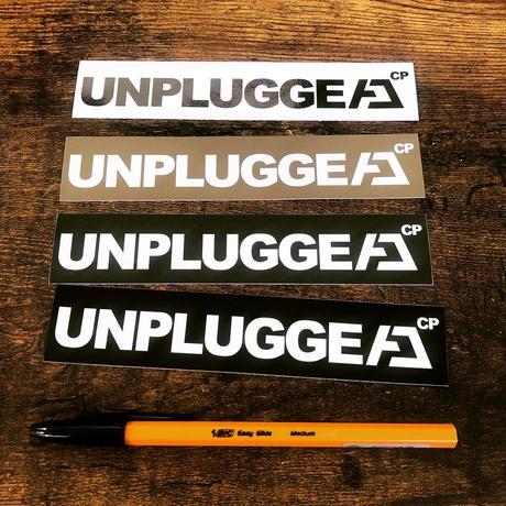 【当店限定販売】送料無料 UNPLUGGED オリジナルステッカー 4色 ブラック・ホワイト・カーキ・タン 150×23mm 【自社出荷:定形郵便】