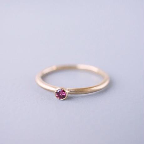 K18 Sapphire ring/round/red