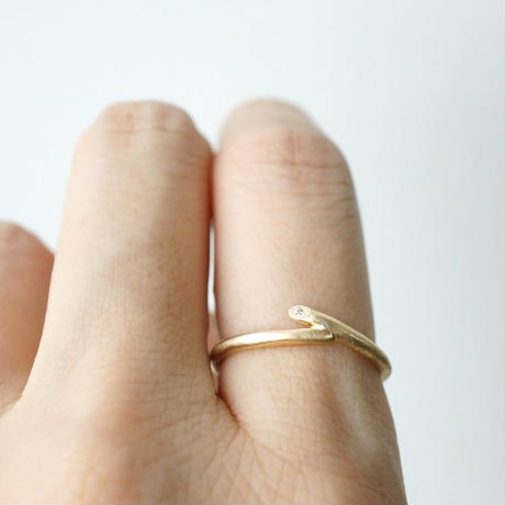 K18 Twig ring / Wave