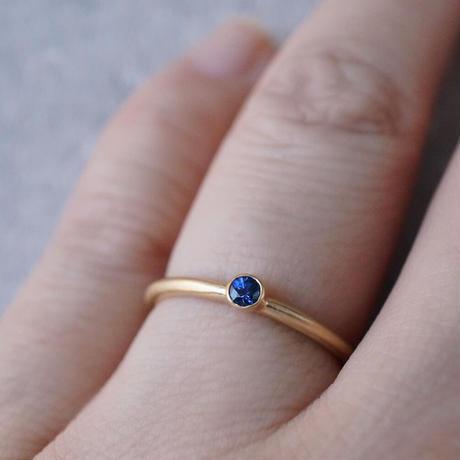 K18 Sapphire ring/round/blue