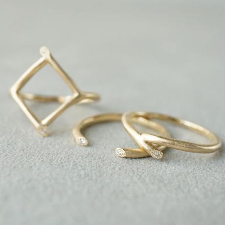 K18 Twig ring / Fork