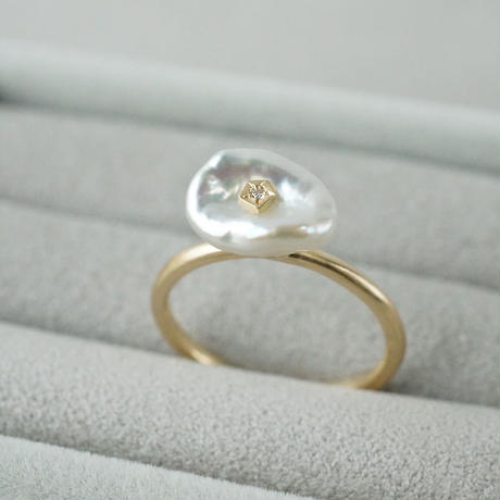 Freshwater pearl ring / Flower / Diamond