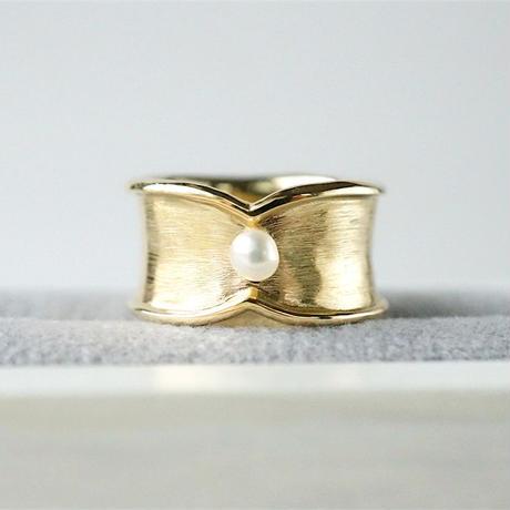 Moonlight pinky ring