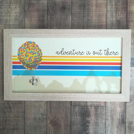 『カールじいさんの空飛ぶ家』 Adventure is out there 木製ウォールアート