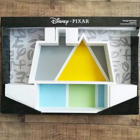 『カールじいさんの空飛ぶ家』  木製 壁掛けシェルフ (飾り棚)
