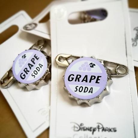 ディズニー ピクサー カールじいさんの空飛ぶ家  Grape Soda ピンズ  ピンバッジ