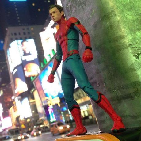 マーベルセレクト 7インチフィギュア    スパイダーマン:ホームカミング  Marvel Select   Spider-Man: Home Coming Action Figure