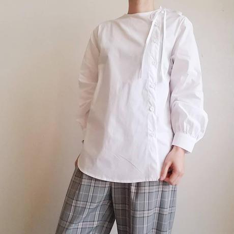 アシンメトリーリボンシャツ