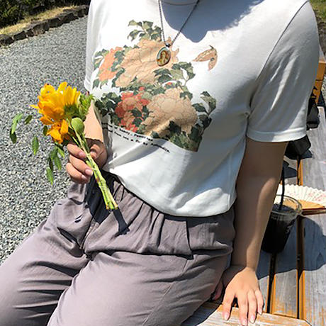 T19-1002 葛飾北斎「牡丹と胡蝶」T-シャツ Women 女性用