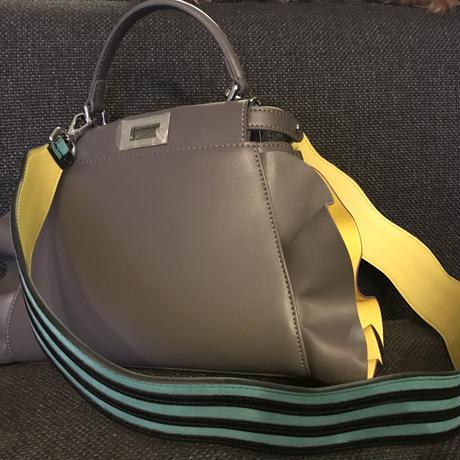 フリル本革バッグ23cm グレー×フリル裏黄色縁どり紫
