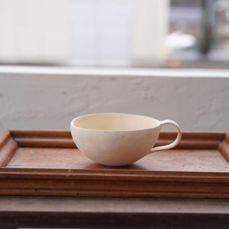 32-2 水谷智美 炻器 ティーカップ 素色