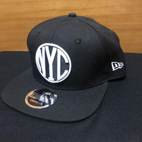 New Era NYC 9FIFTY Original Fit Snapback Black/White -