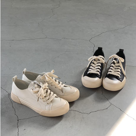 SOFT PU LEATHER SNEAKERS